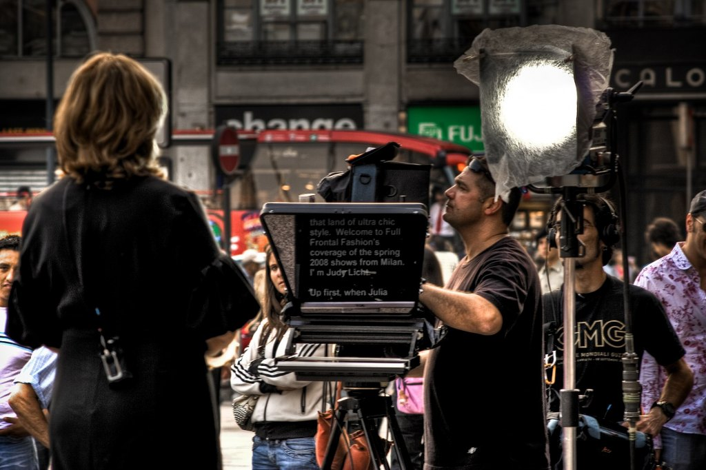 1621px Teleprompter In Use