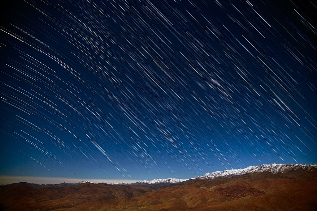 1620px Star Rain In The Desert