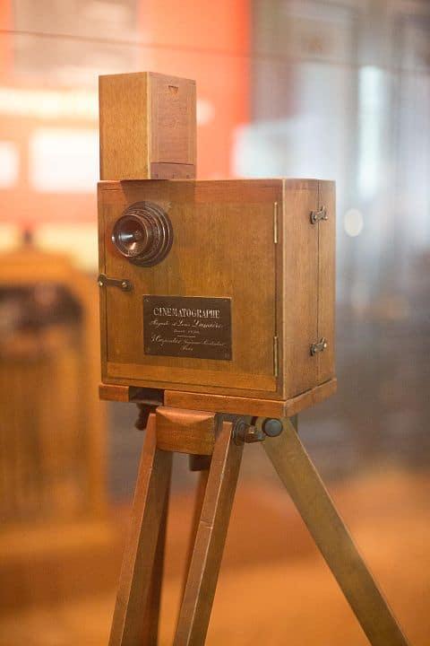 480px Institut Lumière Cinematographe Camera